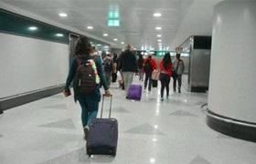 """春节临近,电商平台社交群现大量""""黄牛""""抢票代购"""