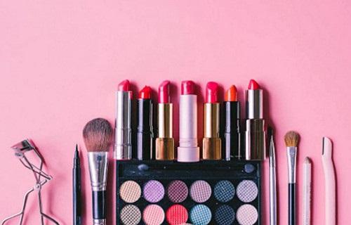 去年快消品电商同比增长28.6% 美妆最受欢迎