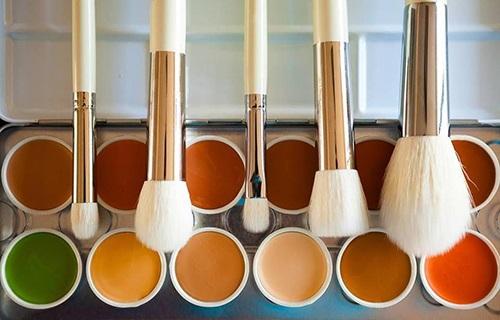 新规:化妆品添加微量防腐剂可不标注