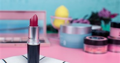 线上营销线下体验,美妆个护零售平台信任难题未解