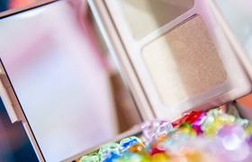 1271.8亿!国货美妆遇强敌,进口化妆品来势凶猛