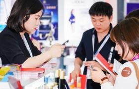1010亿的功效护肤风口,正在引爆哪些行业新机会?