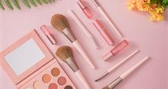 包装吸睛内核难改,文创彩妆是一笔长期生意吗?